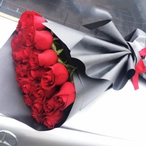 Голландские Розы 70см 25шт